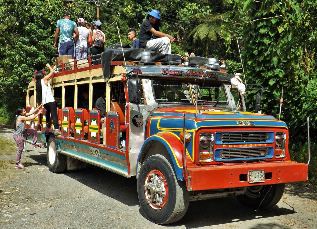 Bus Chivas - Colombia Infinita
